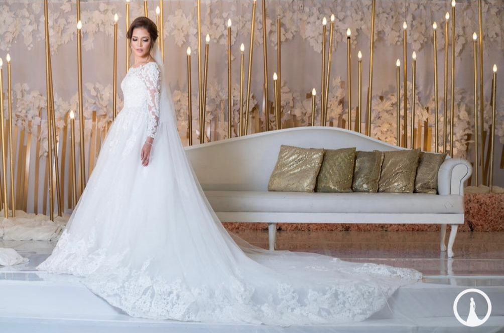 Bride Akeela Hoosen in Tashreeqah Sadien wedding gown