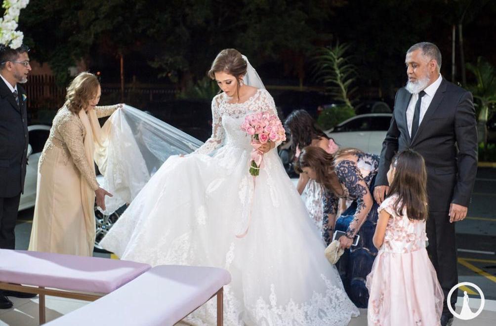 Bride Akeela Hoosen in a Tashreeqah Sadien couture gown